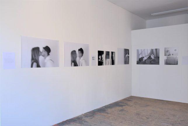 Ausstellungsansicht, Fotografien von Irma Chacall